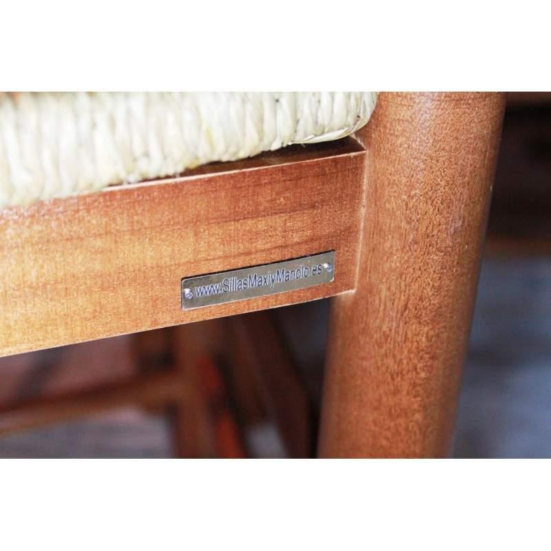 Taburete de enea y madera de bar for Taburete bar madera